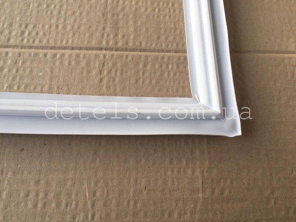 Уплотнитель (резина) двери Indesit Ariston C00114659 800x560mm для холодильника