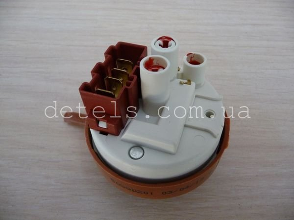 Прессостат (датчик уровня воды) 16001997902 стиральной машины Indesit, Ariston (C00110332)