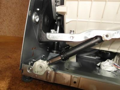 Почему выходят из строя амортизаторы стиральной машины?