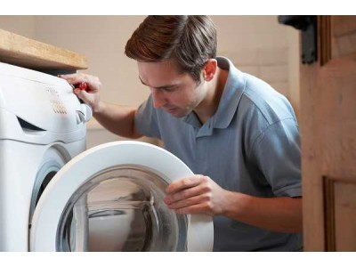 Что делать, если стиральная машина не включается и не работает