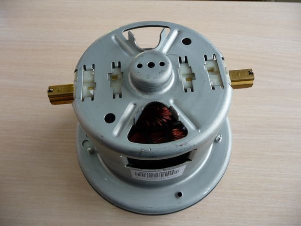 Двигатель для пылесоса Bosch, Siemens (69012652478)