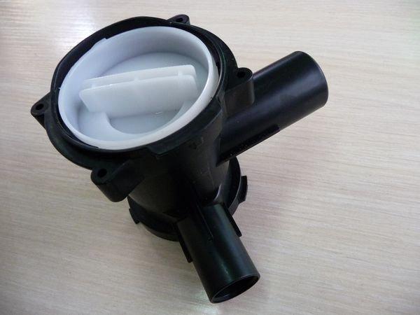 Улитка сливного насоса для стиральной машины Bosch в комплекте с фильтром-пробкой