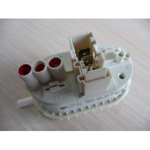 Прессостат (датчик уровня) B1-250a для стиральной машины Whirlpool, Bauknecht, Ignis, Bosch, Siemens (461971090502)
