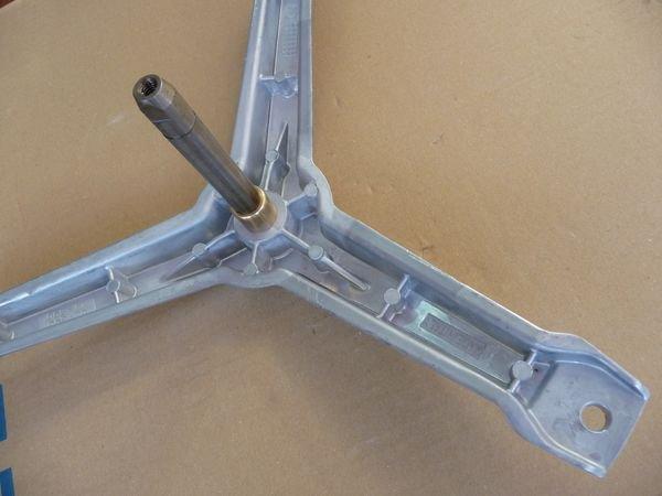 Крестовина барабана (бака) для стиральной машины Bosch 4 поколения (645171202)