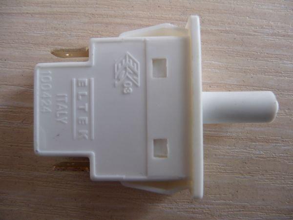 Кнопка ELTEK для холодильника HANSA (100424)