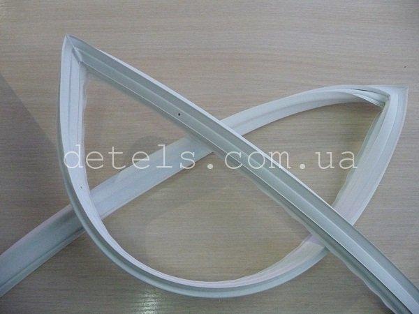 Резина (уплотнитель) для холодильника Indesit, Ariston, Stinol (C00854009, 144001846)